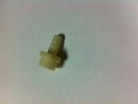 Штуцер пластиковый 1/2 10 мм
